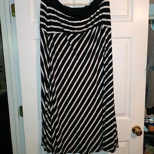 Black and white stripped Maxi length skirt
